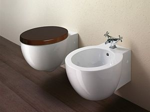 Ceramiche e sanitari bagno vasche e piatti doccia for Sanitari per bagno in offerta