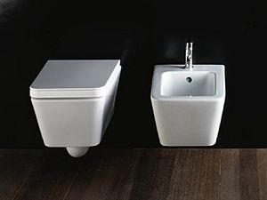 Ceramiche e sanitari termosifoni in ghisa scheda tecnica for Produttori sanitari bagno